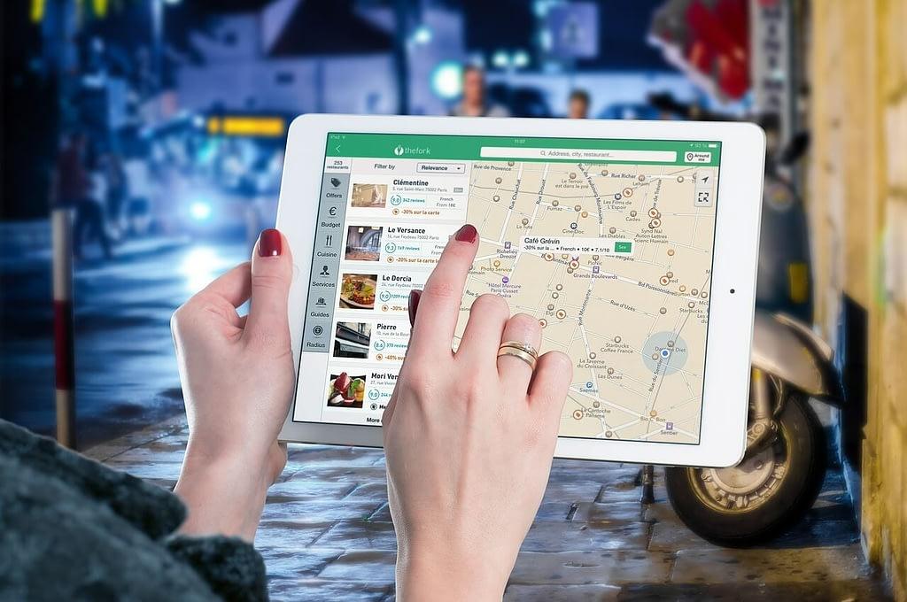 Develop An Online Travel Portal